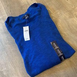 GAP light weight cobalt sweater. NWT